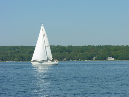 Sailing in Door County