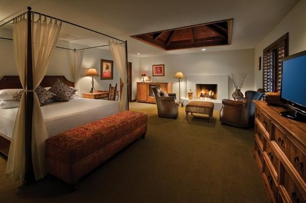 Hermosa Inn Deluxe Casita Bedroom Canopy Bed