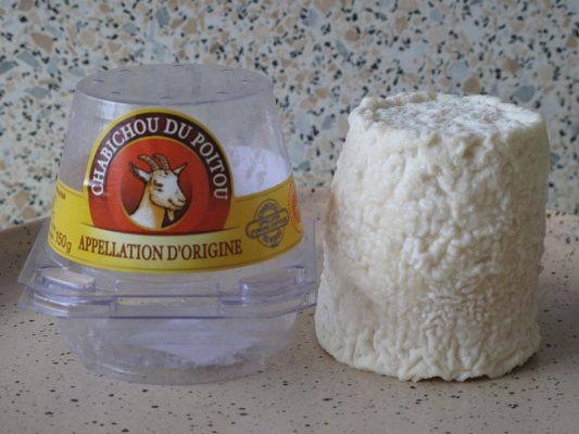Chabichou du Poitou goat's milk cheese