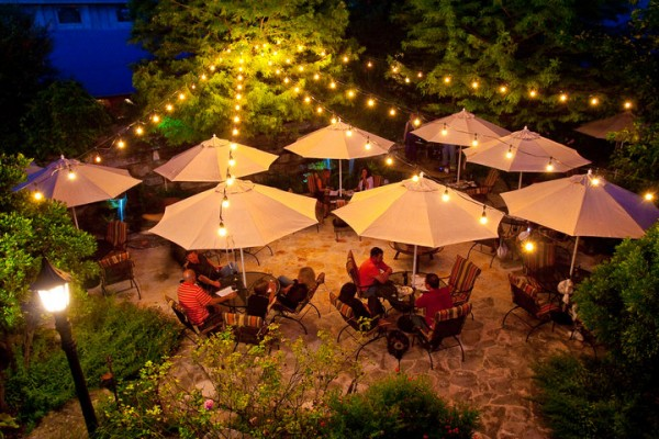 Outdoor Patio at Cabernet Grill