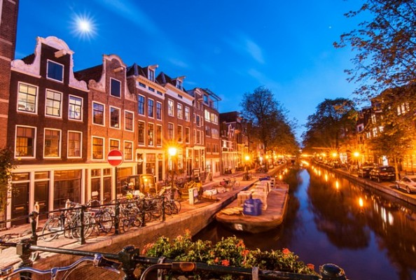 Amsterdam Avond Bridge